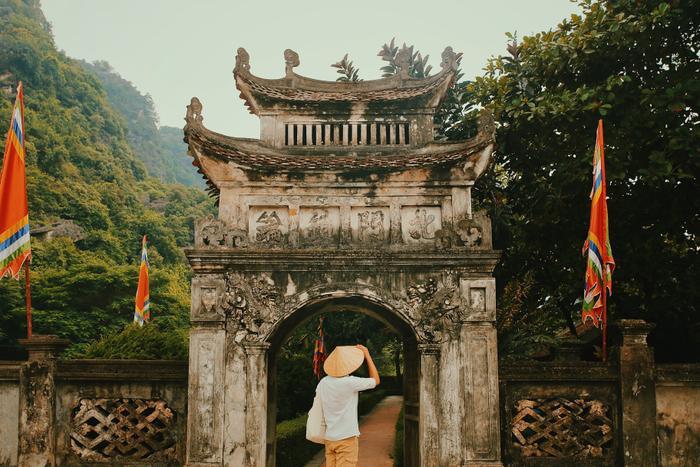 Đền thờ Vua Đinh Tiên Hoàng.