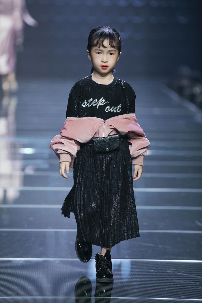 IVY kids cũng giúp trẻ em trở thành một fashionista thực thụ giống như bố mẹ.