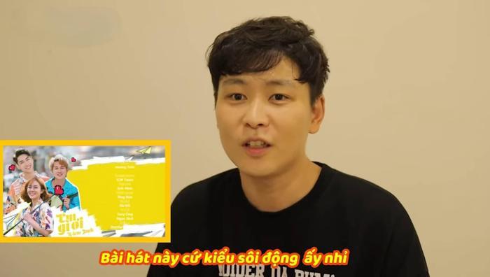 Anh chàng người Hàn Quốc cho rằng âm nhạc của Em gì ơi rất sôi động và dễ nghe.