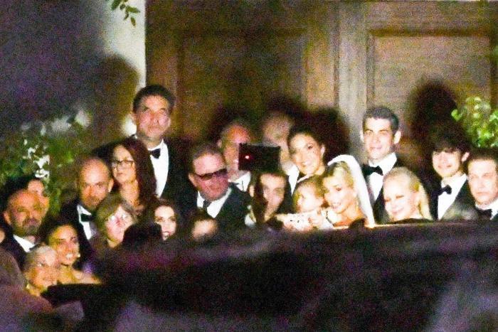Tiết lộ bộ ảnh cưới đẹp rụng rời của cặp vợ chồng son Justin Bieber  Hailey Baldwin ảnh 5