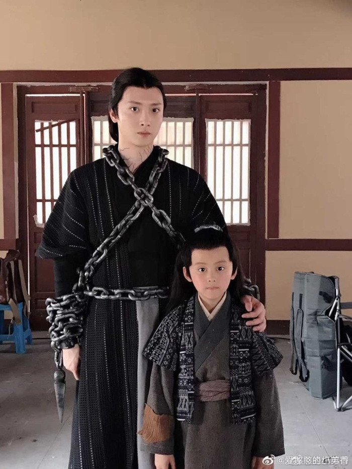 Trần Tình lệnh chi Sinh Hồn tung những bức ảnh đầu tiên của nhân vật Ôn Ninh và Lam Tư Truy/ Ôn Uyển ảnh 1