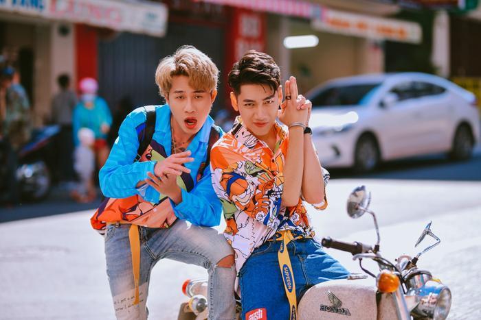 """Trongthời điểm MV lên sóng, """"Em gì ơi"""" đã trở thành từ khoá được tìm kiếm nhiều nhất trong ngày được ghi nhận trên Google Việt Nam."""