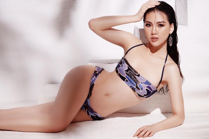 Siêu mẫu Quỳnh Hoa khiến người đối diện say như điếu đổ khi diện bikini ảnh 7