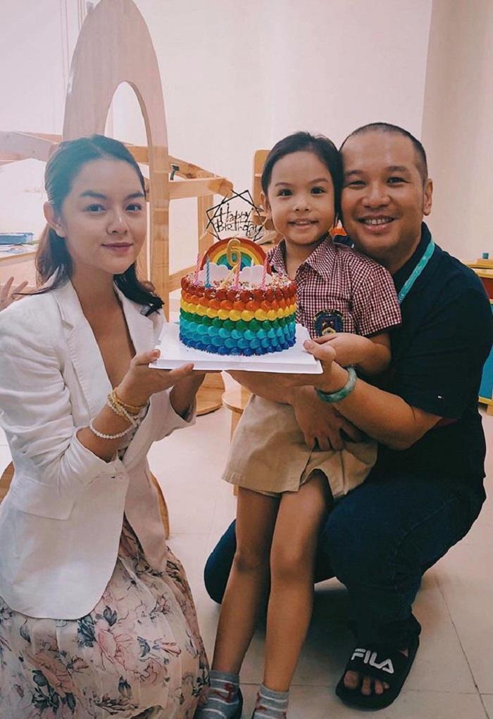Sau khi ly hôn, Phạm Quỳnh Anh với Quang Huy vẫn giữ mối quan hệ bạn bè, cả hai còn cùng nhau tổ chức sinh nhật cho con gái