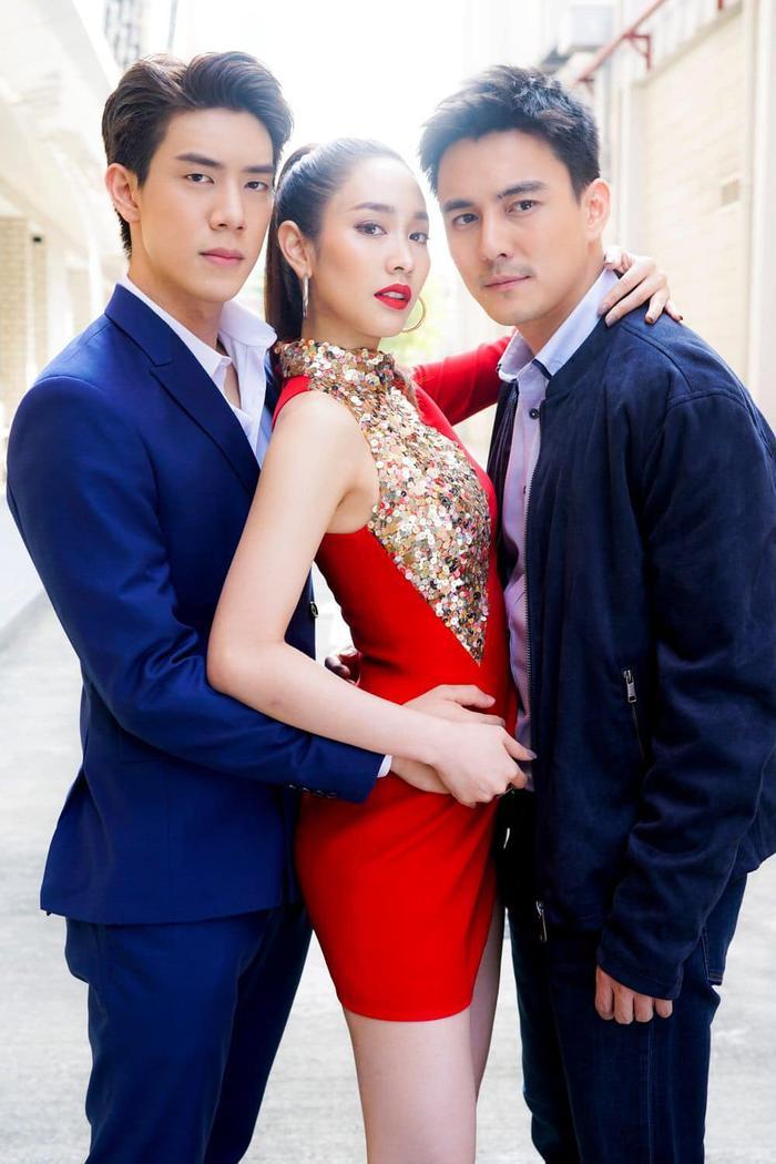Rating phim truyền hình Thái Lan ngày 7 tháng 10: Đài 7 bỏ xa đối thủ, Vì sao đưa anh tới dậm chân tại chỗ, Baifern giữ mức thấp kỉ lục ảnh 0