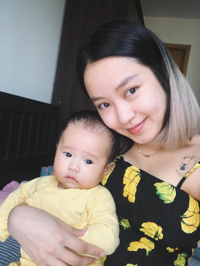 Sau trải lòng về bệnh tình, Mi Vân xúc động gửi lời cảm ơn dân mạng: Tôi thấy mình may mắn khi vẫn được nhìn thấy hai cô con gái khôn lớn ảnh 1