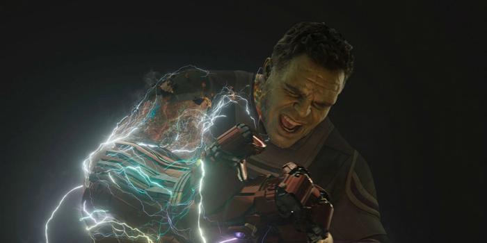 Thor chính thức buông bỏ được mọi gánh nặng nhờ vào việc nhường Hulk đeo Găng tay Vô cực.