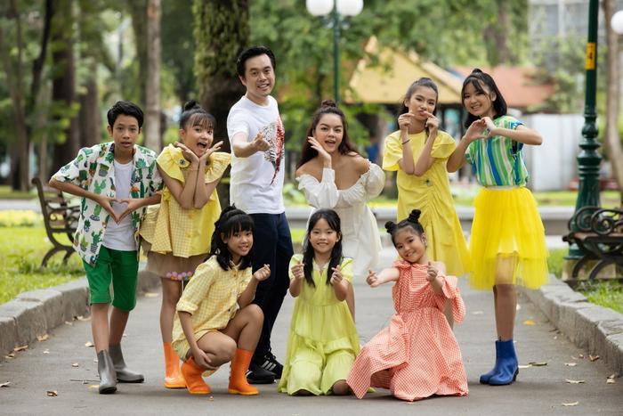 Phạm Quỳnh Anh - Dương Khắc Linh cùng các chiến binh The Voice Kids 2019.