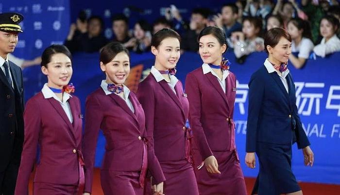 Bị Huỳnh Hiểu Minh chèn ép, Angelababy bị gạch bỏ trong danh sách diễn viên của Cơ trưởng Trung Quốc ảnh 7