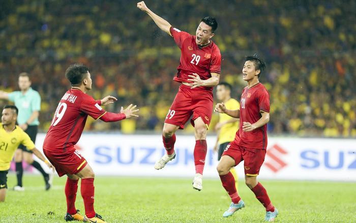 Người hâm mộ có thể theo dõitrận đấu giữaViệt Nam - Malaysia trên các kênh của VTC, VOV hay VTV. (Ảnh:Lâm Thoả - Đức Đồng)