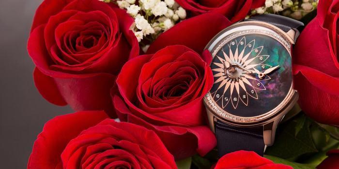 """Là món quà đặc biệt khiến các bà vợ một phen """"đổ rầm rầm"""", đồng hồ ba lê Fouetté sở hữu nét đẹp quyến rũ, độc đáo dành trọn sự yêu chiều."""