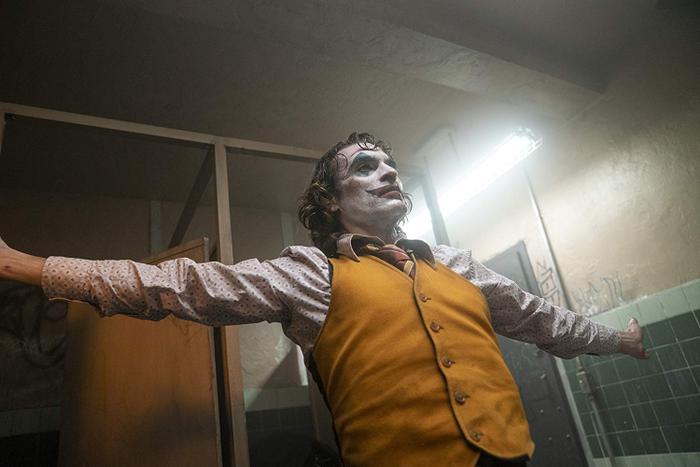 Điệu nhảy rợn người của Joker.