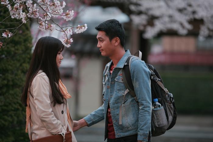 Quang Tuấn đóng cặp với Nhã Phương trong phim Khúc hát mặt trời hợp tác sản xuất cùng Nhật Bản.