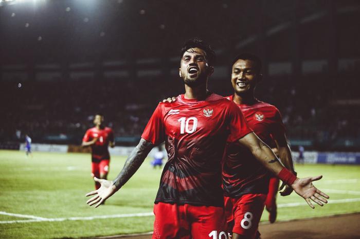 Lilipaly là cầu thủ đắt giá nhất ĐT Indonesia.