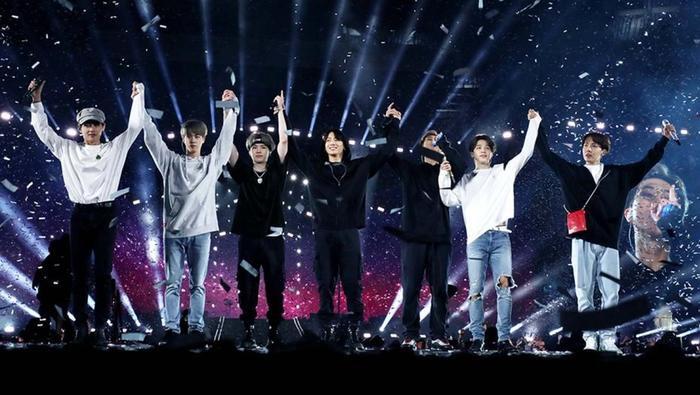 Chúc BTS sẽ thành công hơn nữa trong sự nghiệp.