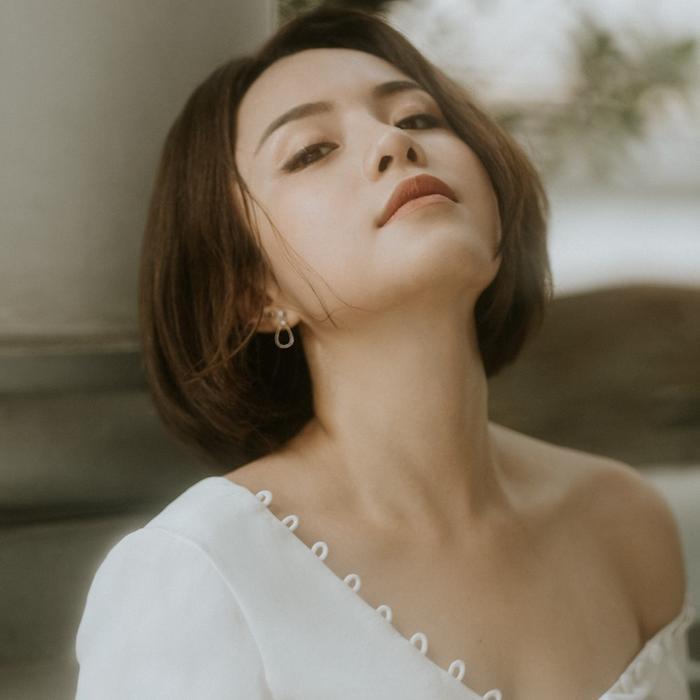 Cùng mang bệnh trầm cảm như Sulli, Thái Trinh chia sẻ: Đừng đợi thiên hạ, hãy tự cứu lấy mình ảnh 1
