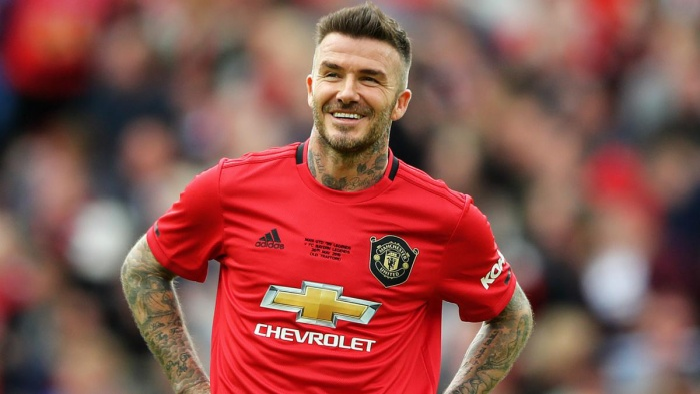 Dù đã nói lời chia tay với bóng đá được 6 năm nhưng David Beckham vẫn góp mặt trong 10 người nổi tiếng kiếm tiền giỏi nhất Instagram.