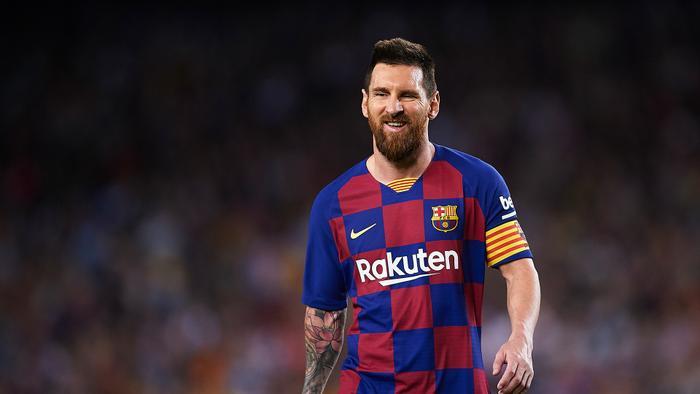Tiền đạo củaBarcelona, Lionel Messi đăng tải 38 bài đăng và thu về 18,7 triệu Bảng, tức trung bình 518.000 Bảng cho mỗi bài đăng.