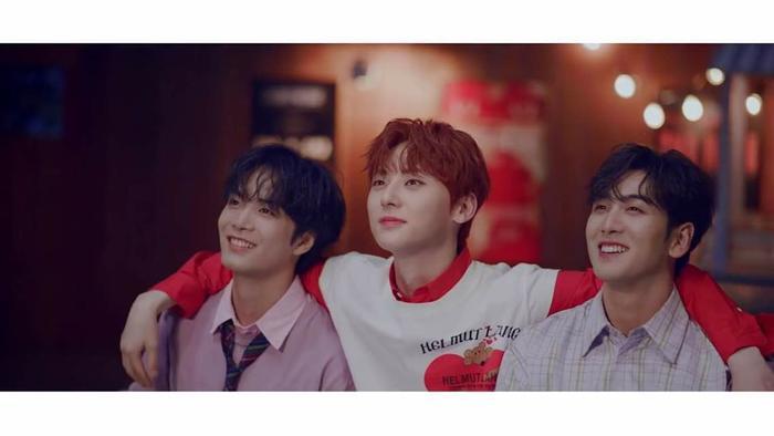 Thành viên JR, Minhyun và Baekho.