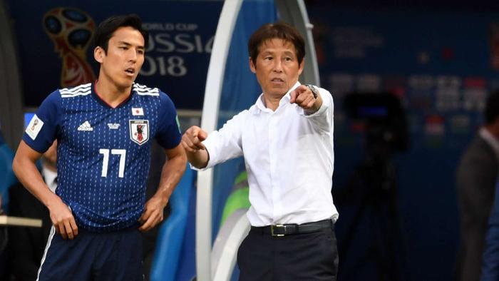 Chê tuyển Việt Nam câu giờ, HLV Nishino đã quên rằng ông từng bị chỉ trích như thế nào ở World Cup 2018.