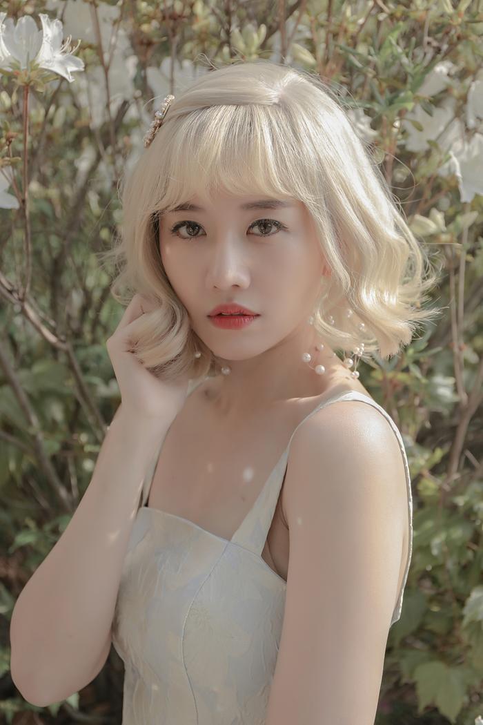 Hari Won ra mắt MV Anh hiểu không khép lại năm 2019 thành công.