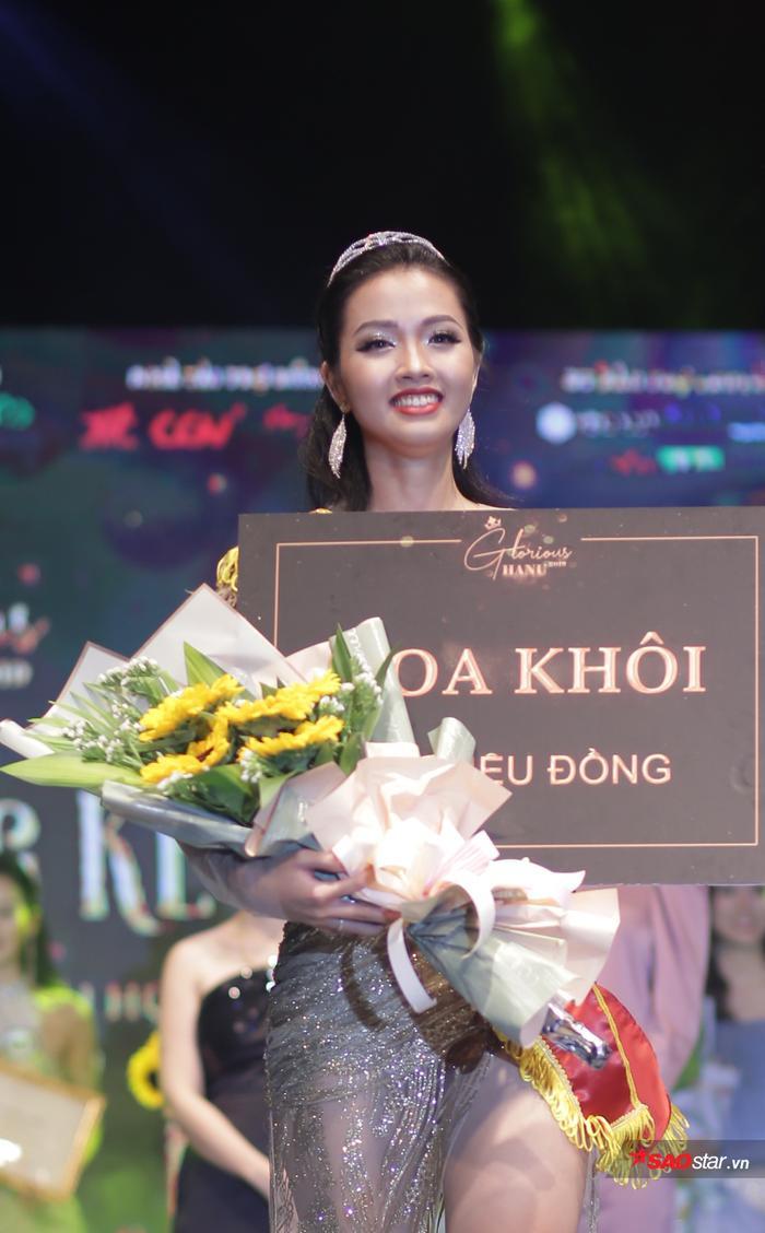 Khánh Ly đã được xướng tên cho ngôi vị Hoa khôi Đại học Hà Nội 2019.
