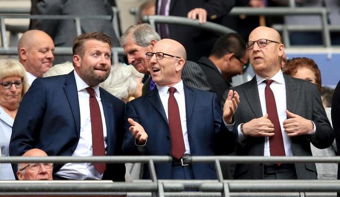 Nhà Glazer đang có ý định rút khỏi Man Utd.