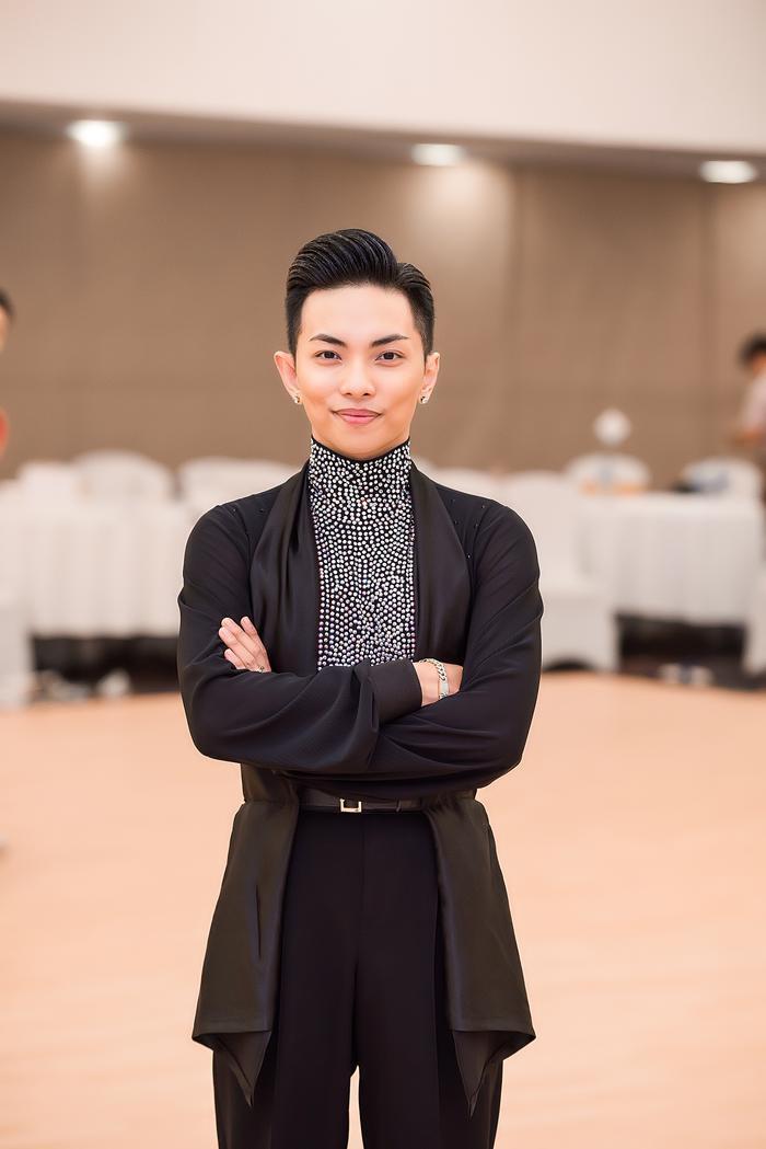 Phan Hiển nói, đây là dịp để anh và Nhã Khanh cọ sát, tìm hiểu về các đối thủ bởi giải đấu tối qua có rất nhiều cặp đôi của các nước Đông Nam Á góp mặt