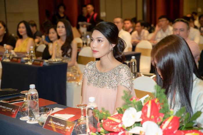 Lan Khuê: Người đẹp Việt tài giỏi rất nhiều nhưng để trở thành chiến binh sắc đẹp lại không đơn giản!