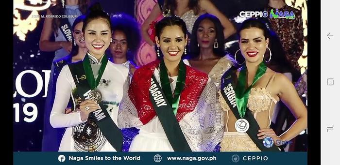 Hoa hậu thân thiện ở nhóm Nước lần lượt thuộc về các đại diện: Jociani Daysi Repossi - đại diện Paraguay (HCV), Ljubica Rajkovic - đại diện Serbia (HCB) và Hoàng Hạnh - đại diện Việt Nam (HCĐ).