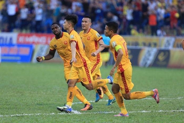 Thanh Hoá sẽ đá trận Play-off trụ hạng với Phố Hiến.
