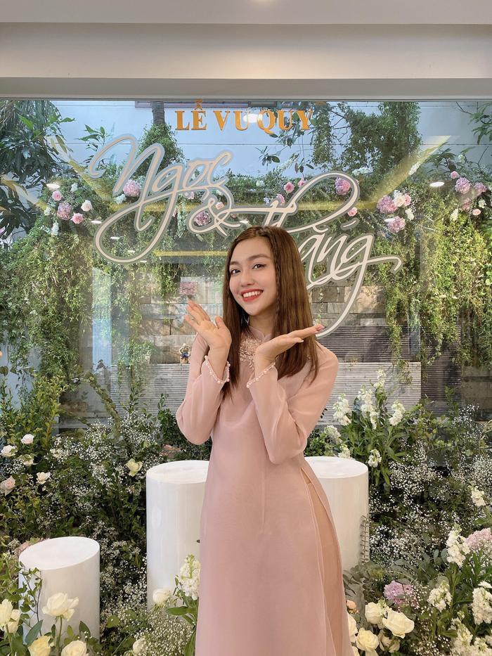 Vừa comeback, LipB cùng Khổng Tú Quỳnh  Lan Nhi làm phụ dâu xinh đẹp cho Đông Nhi ảnh 5