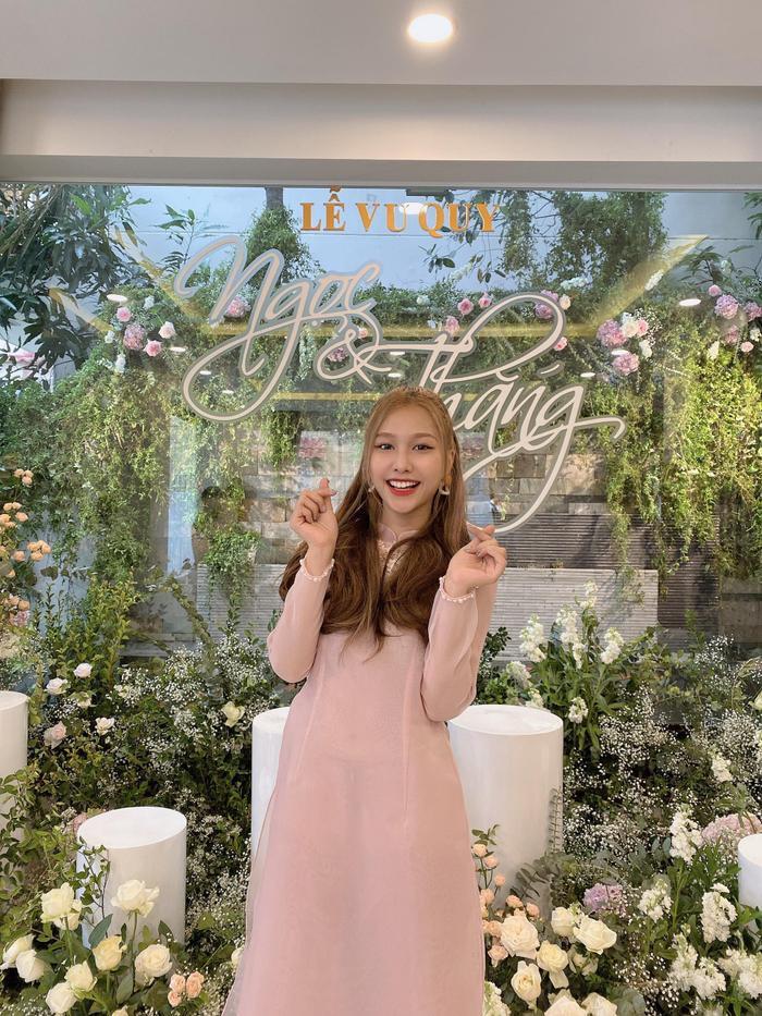 Vừa comeback, LipB cùng Khổng Tú Quỳnh  Lan Nhi làm phụ dâu xinh đẹp cho Đông Nhi ảnh 4