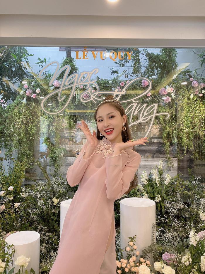 Vừa comeback, LipB cùng Khổng Tú Quỳnh  Lan Nhi làm phụ dâu xinh đẹp cho Đông Nhi ảnh 6