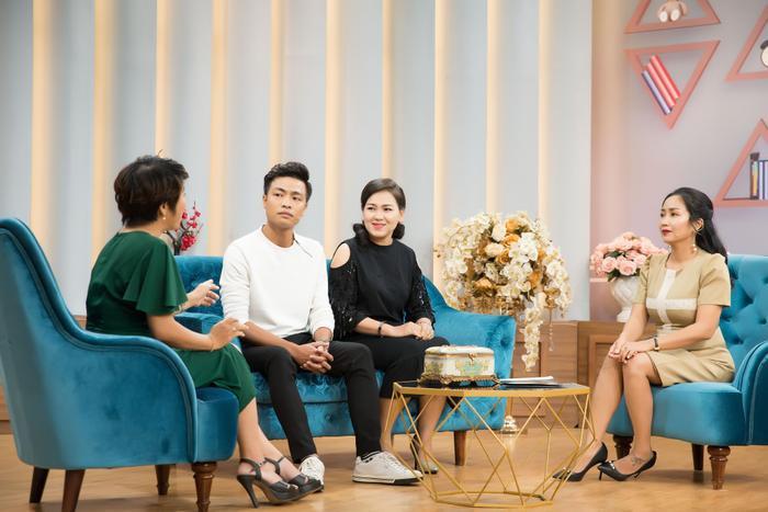 Vợ chồng diễn viên múa Y Nhã xuất hiện trong talkshow Mảnh ghép hoàn hảo mới đây.