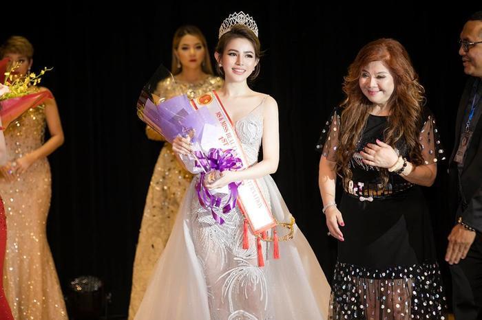 Cô nàng xuất sắc được giải Á hậu 1 tại cuộc thiSắc đẹp Việt Nam Quốc tế 2019 được tổ chức tại Đài Loan