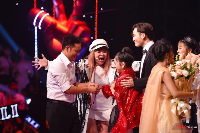 Kiều Minh Tâm đội Lưu Thiên Hương  Ali Hoàng Dương đăng quang quán quân The Voice Kids 2019 ảnh 2