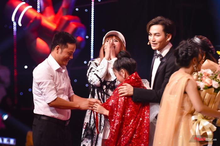 Kiều Minh Tâm đội Lưu Thiên Hương  Ali Hoàng Dương đăng quang quán quân The Voice Kids 2019 ảnh 3