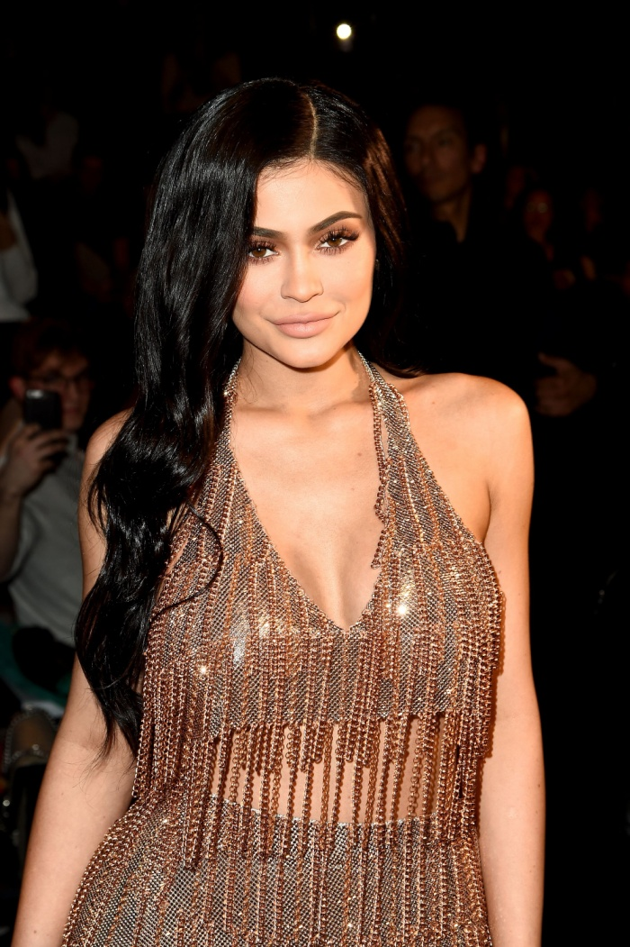 Đôi môi dày của Kylie rất được hâm mộ.