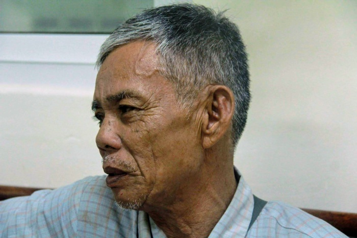 Nhớ lại những biến cố xảy ra với gia đình con trai, ông Hiền đau buồn vô cùng.