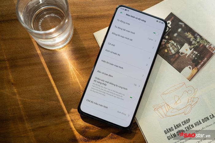 Reno2 là mẫu smartphone được OPPO chăm chút vào màn hình nhằm đem lại trải nghiệm dùng dễ chịu nhất