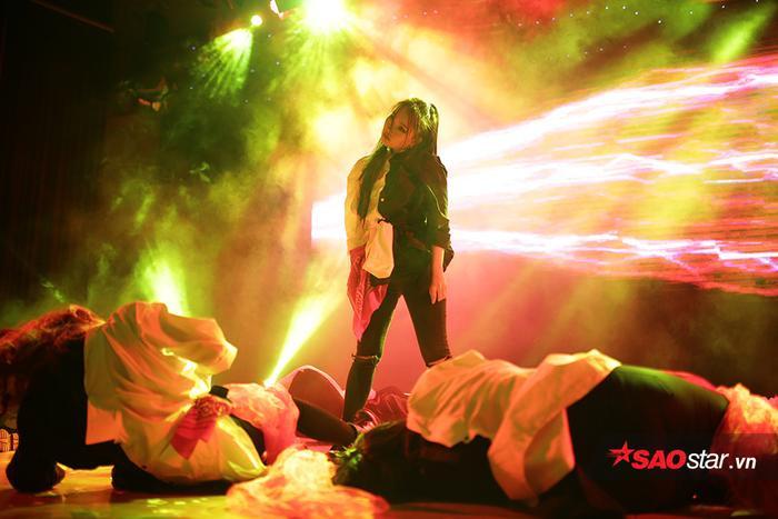 Những hình ảnh ấn tượng trong đêm hội Halloween của sinh viên báo chí ảnh 3