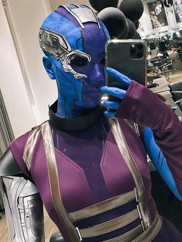 Băng Di cực cá tính với tạo hình nhân vật Marvel.