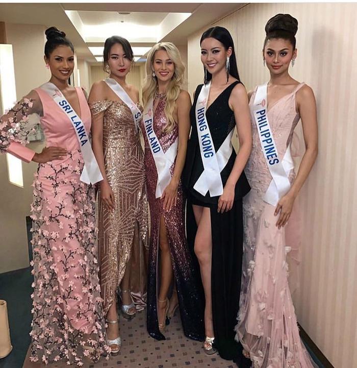 Nhan sắc Hoa hậu Philippines cũng dễ dàng lấn lướt đối thủ.
