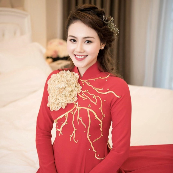 Dàn hotgirl Nghệ An: Người là bạn gái cầu thủ, người tài năng bắn 7 thứ tiếng chuẩn hình tượng con nhà người ta ảnh 10