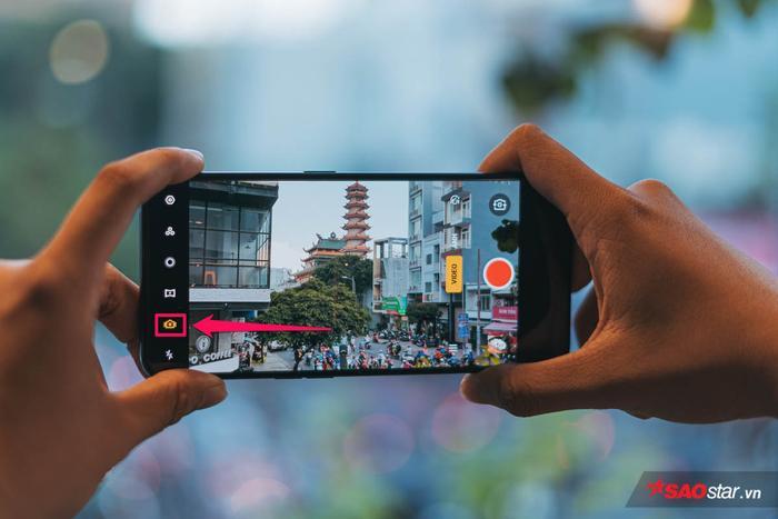 Chế độ Siêu Ổn Định Cảnh Quay có lẽ sẽ là tính năng quay video được dùng nhiều nhất trên OPPO Reno2 bởi độ hữu dụng nó mang lại