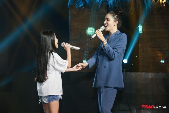 Hé lộ màn song ca đầy cảm xúc của cô trò Hương Giang  Ngọc Nhi chưa có cơ hội diễn đêm Bán kết ảnh 4
