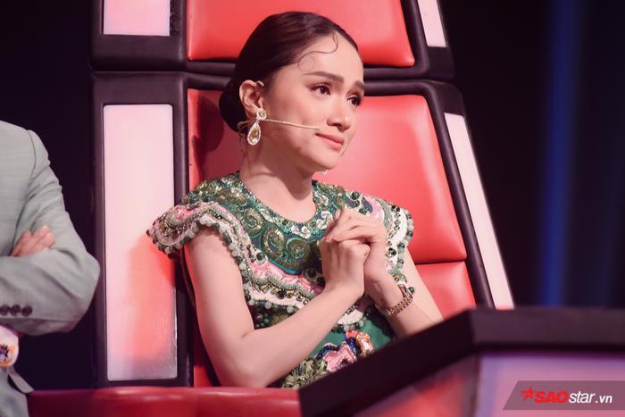 Hé lộ màn song ca đầy cảm xúc của cô trò Hương Giang  Ngọc Nhi chưa có cơ hội diễn đêm Bán kết ảnh 3