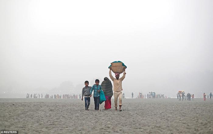 Tầm nhìn kém tại một bãi biển ở Delhi.