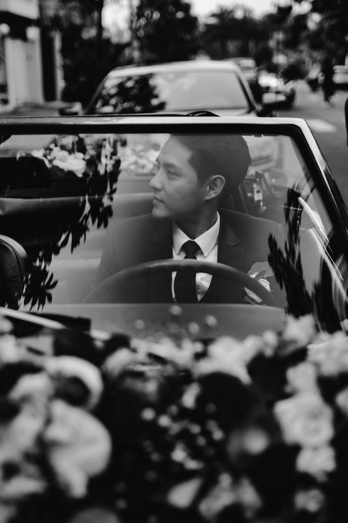 Khoảnh khắc xúc động: Mỹ Tâm gửi hoa chúc mừng  đám cưới, Đông Nhi bẽn lẽn chờ chú rể Ông Cao Thắng đến rước dâu ảnh 5